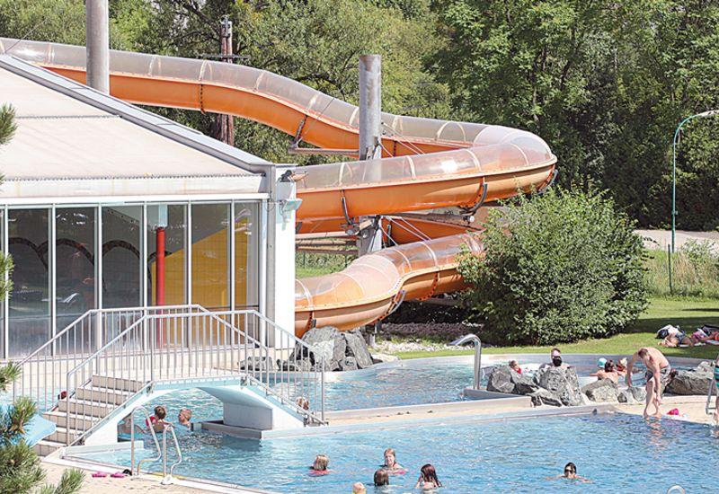 Pool des Allwetterbads in Pinkafeld